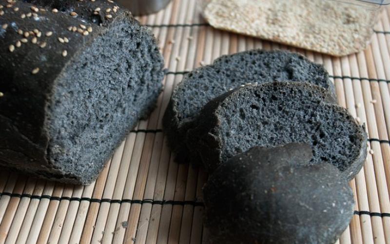 CARBONE VEGETALE: illegittimo l'utilizzo per prodotti da forno